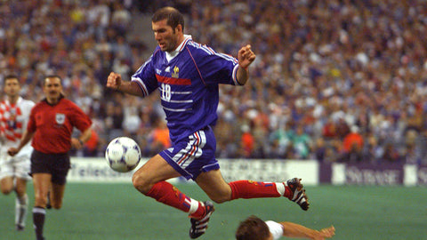 Zidane leaps past Croatian defence in the 1998 World Cup