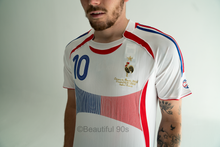 Load image into Gallery viewer, 2006 France Away replica retro football shirt
