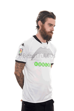 Load image into Gallery viewer, 2009 Valencia replica retro football shirt