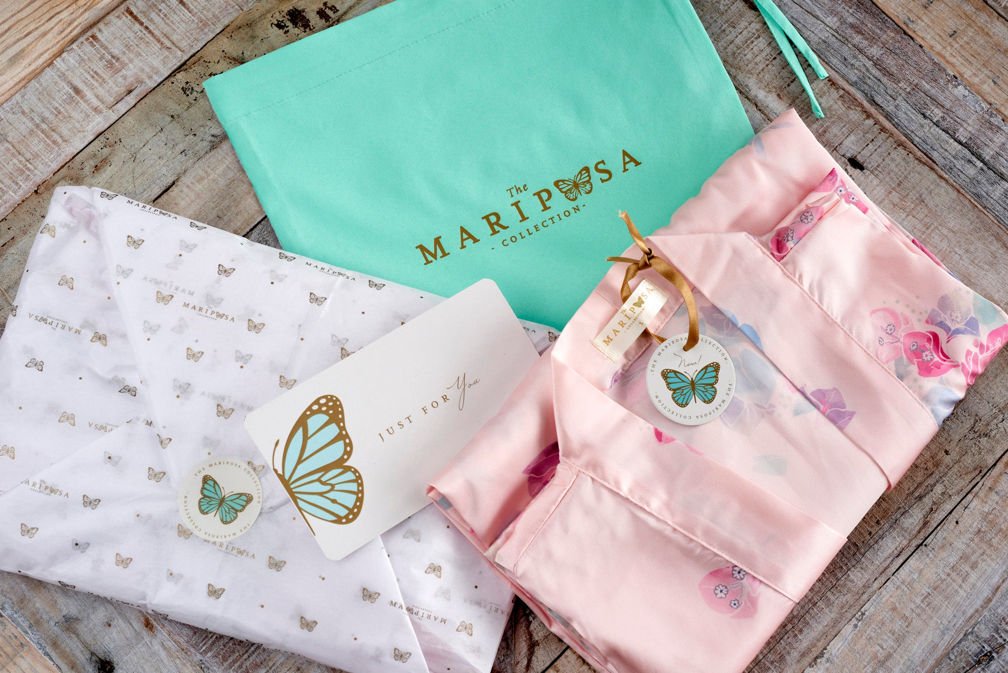 Blushing Bougainvillea (Short) - The Mariposa Collection