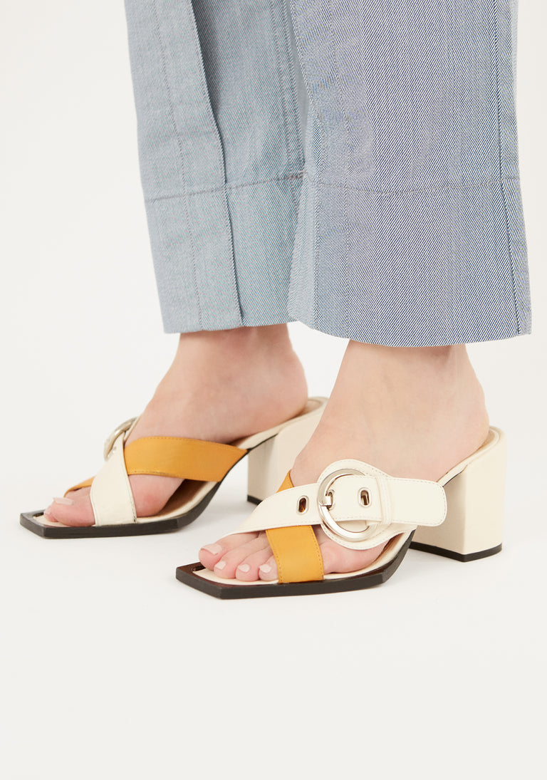 Sandal With Buckle White