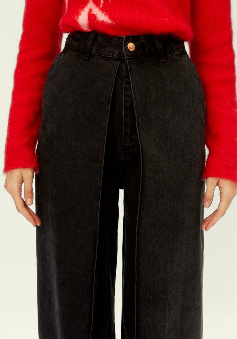 High Rise Jeans With Loose Pleats Black