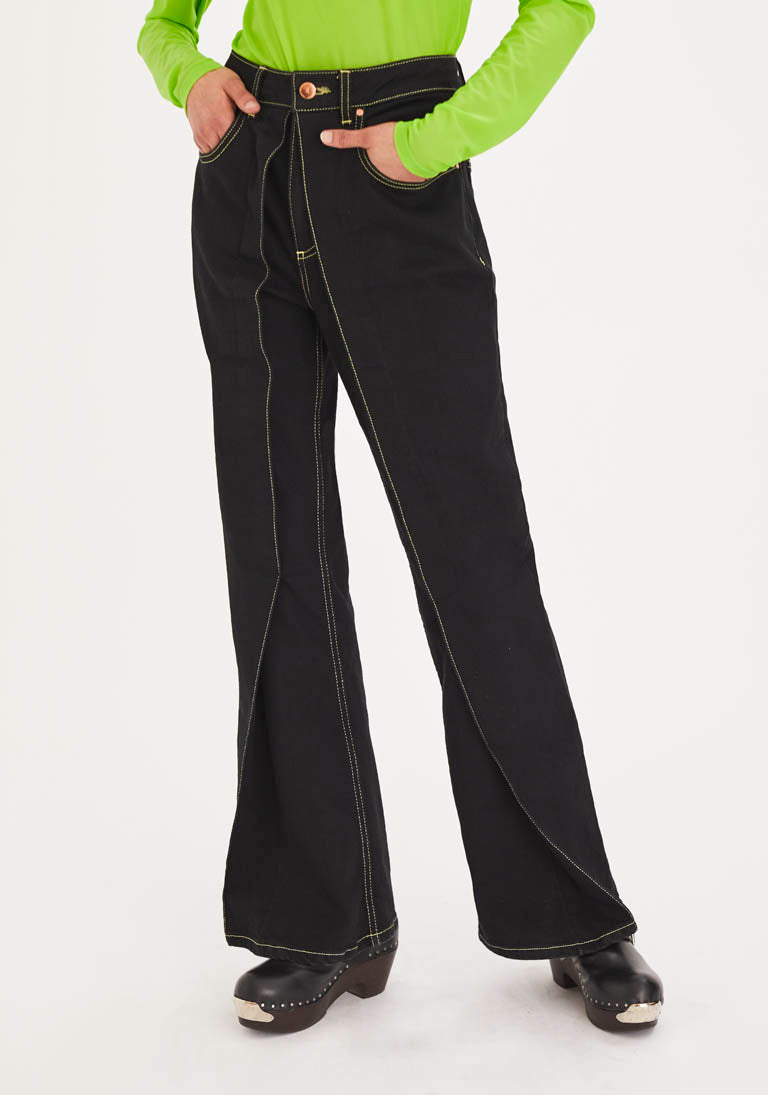 Flared Jeans with Fixed Pleats and Contrast Stitches