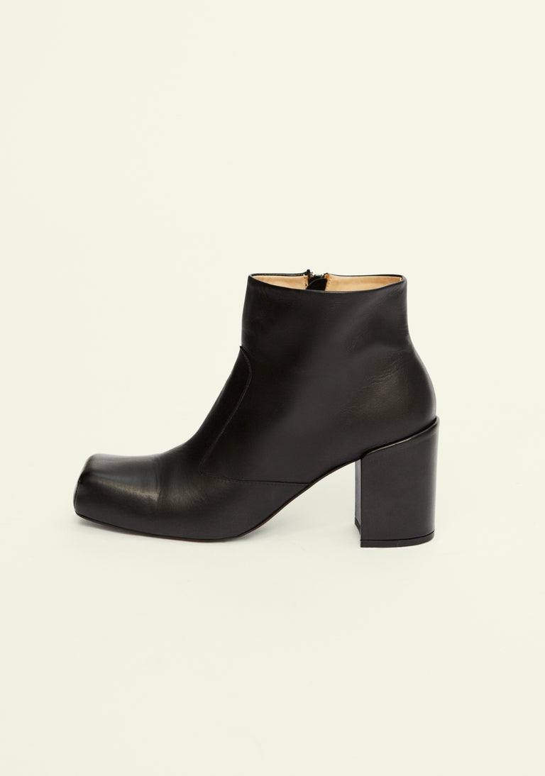 Chunky Square Boot Black