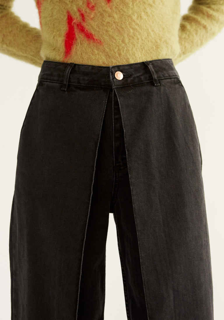 Cropped Jeans with Loose Pleats Black