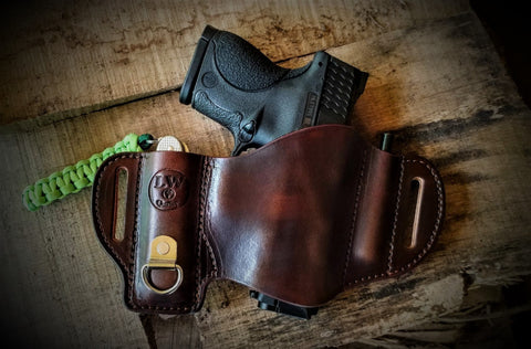 The Lonewoodsman 3 in 1 EDC Holster