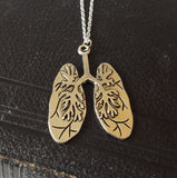 Anatomical lungs necklace