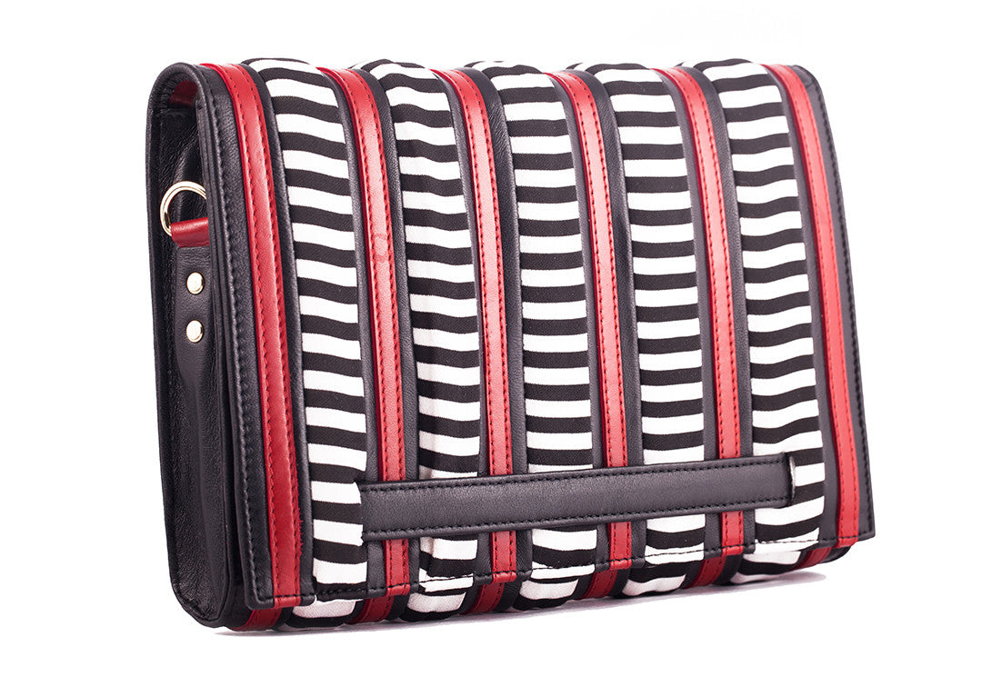 Hypnotic Stripes - Clutch