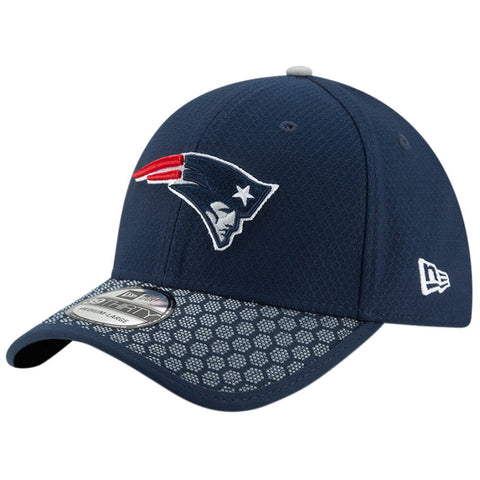 NEW ERA NFL17 NEW ENGLAND PATRIOTS 3930 OFFICIAL SIDELINE CAP OTC