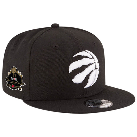 NEW ERA MEN'S TORONTO RAPTORS 950 TROPHY CHAMPS CAP BLACK/WHITE