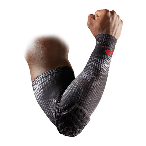 MCDAVID USA 6500 HEX PADDED MEDIUM MGRID SHOOTER SLEEVE