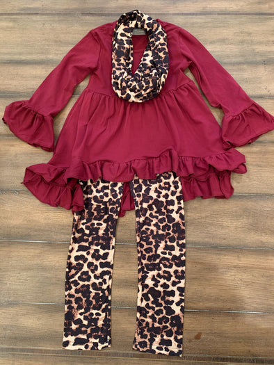 Burgundy high low tunic/leopard print scarf set
