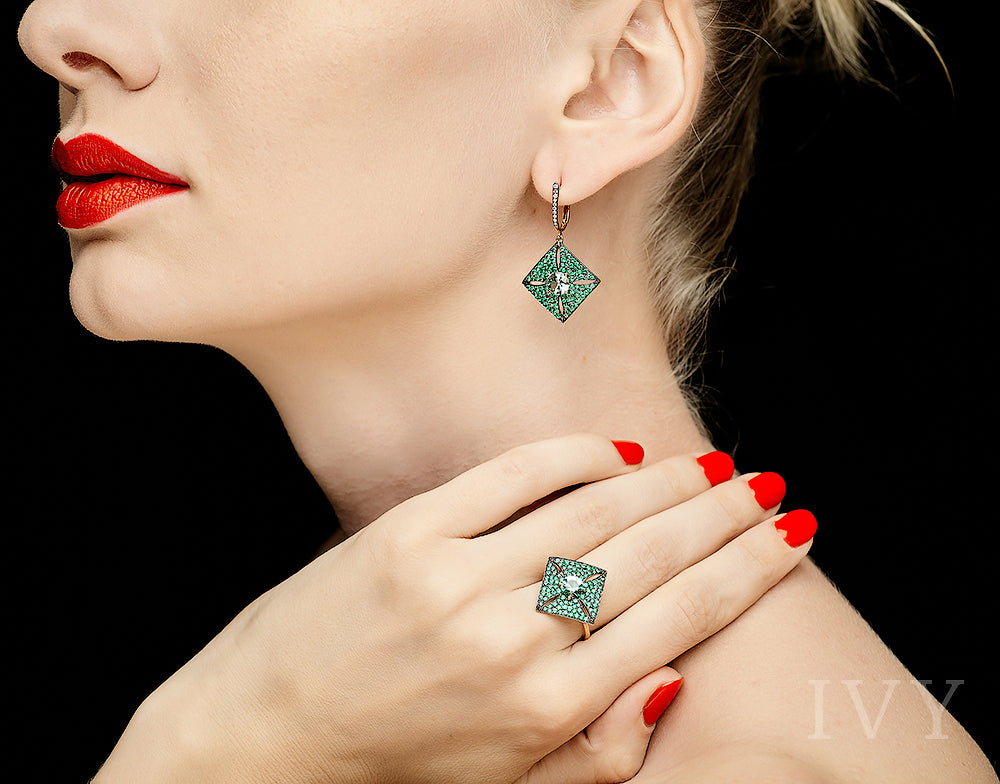 Pythagoras Earrings with Emerald and Tourmaline