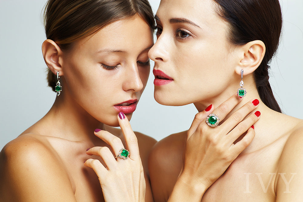 Emerald Colombia and Diamond Earrings