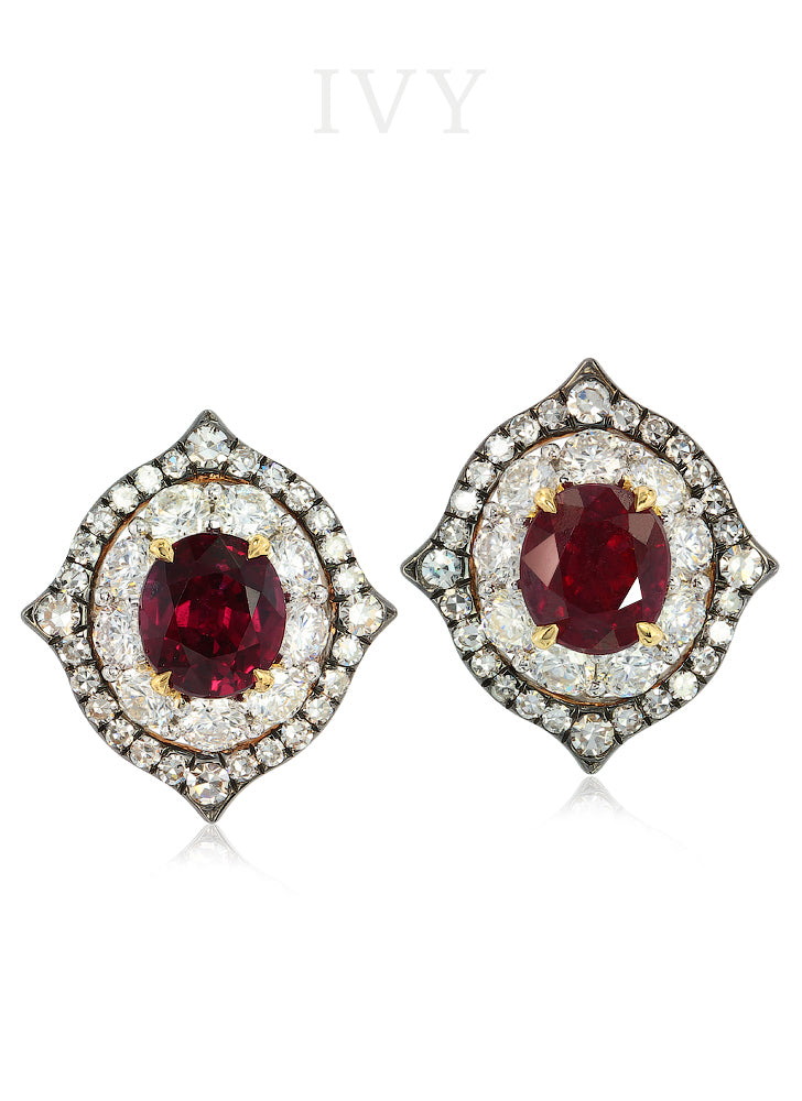 Mini IVY Ruby studs
