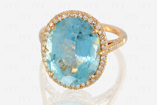 aquamarine and gold ring