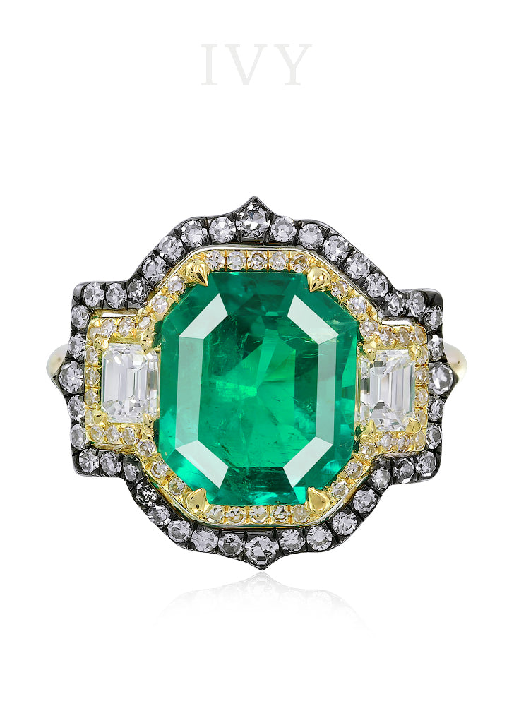 Emerald Colombia and Diamond Ring