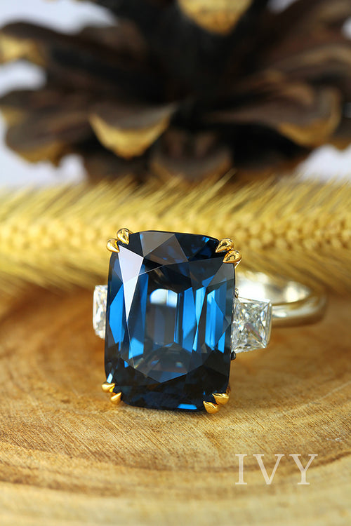 Blue Spinel Burma and Diamond Ring