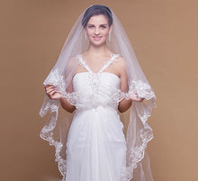 Lace Trimmed Bridal Wedding Veil