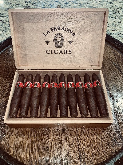 Faraona Especial Maduro (Red Label)