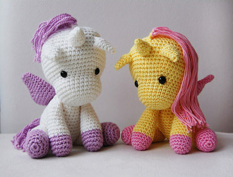 Amigurumi Peachy Rose the Unicorn rattle crochet doll and toy