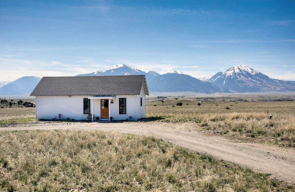 remote house airbnb