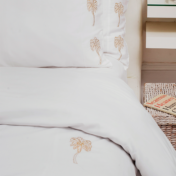 Palmier Luxury Bedding Set: Elizabeth Scarlett 2