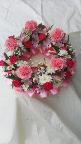 Loose Wreath (2)