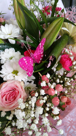 Hand Tied Bouquet With Glitter (2)