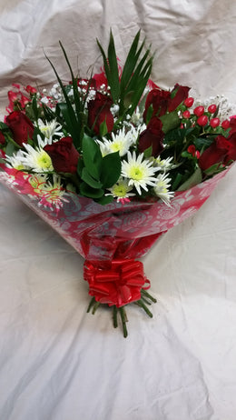 Valentine's  For that Someone Special Bouquet . (2)