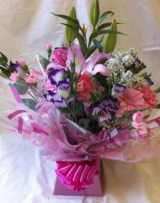 Rosie's seasonal aqua box bouquet . (1)
