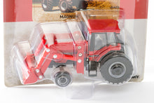 Load image into Gallery viewer, 1/64 Case IH 7110 Magnum With Front End Loader