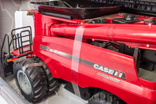 Load image into Gallery viewer, 1/16 Case IH 8240 Combine With Grain Head