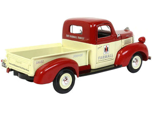 1/25 1941 Plymouth IH Farmall Pickup