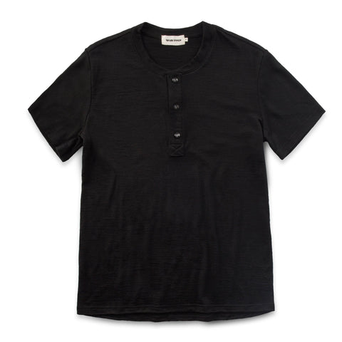 ショートスリーブヘンリー<br>The Short Sleeve Henley in Black Merino - alternate view