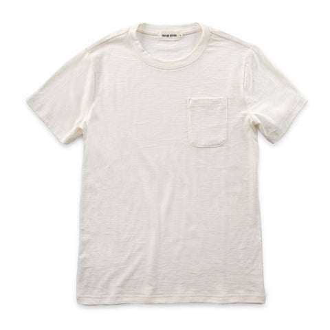 ポケットTシャツ<br>The Crewneck Pocket Tee in Natural Merino - alternate view