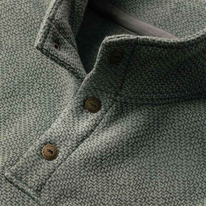 パックプルオーバー<br>The Pack Pullover in Slate Grid Fleece