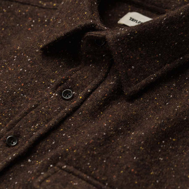 リーワードシャツ<br>The Leeward Shirt in Chocolate Donegal