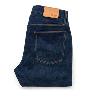 スリムジーンズ<br>The Slim Jean in Organic Stretch Selvage
