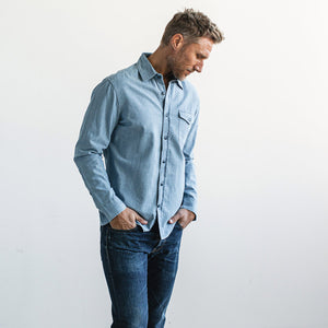 キャッシュシャツ<br>The Cash Shirt in Washed Chambray