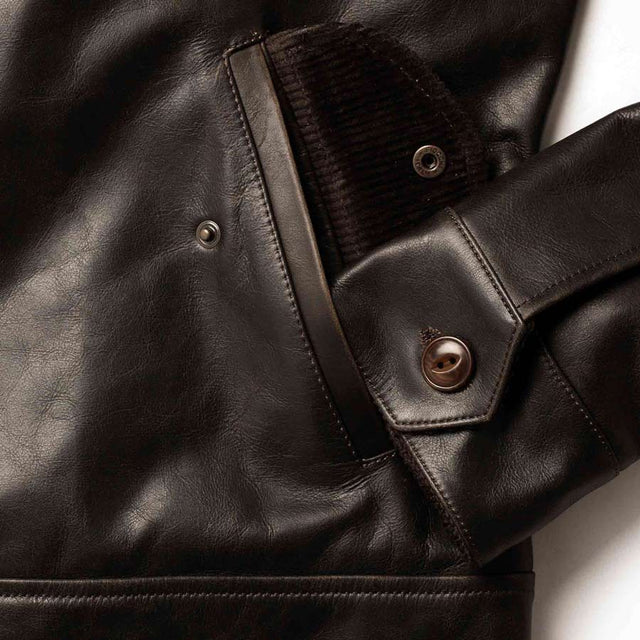 クヤマジャケット<br>The Cuyama Jacket in Cola Leather