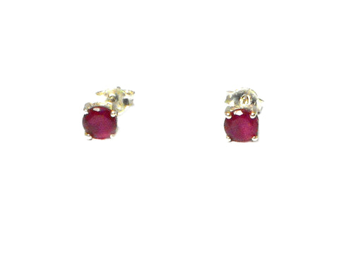 RUBY Sterling Silver 925 STUD / Earrings - 5 mm