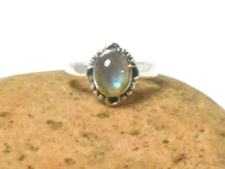 Fiery Oval Labradorite Sterling Silver 925 Gemstone Ring