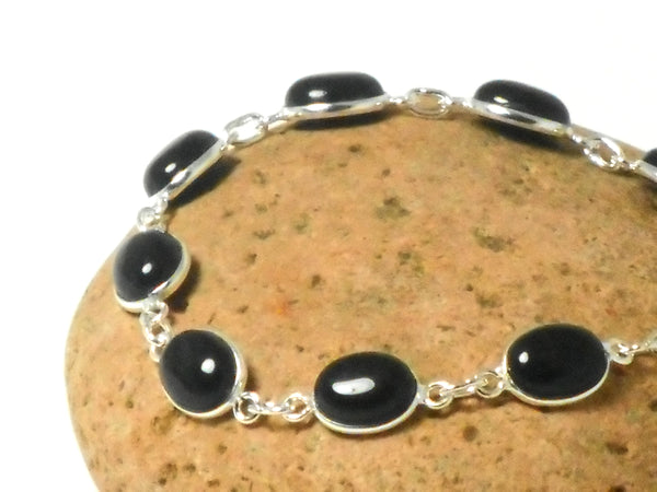 Oval Black Onyx Gemstone Sterling Silver 925 Bracelet