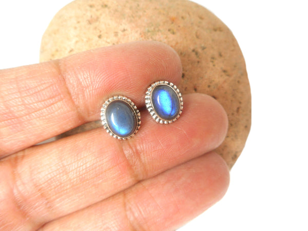 LABRADORITE Oval Shaped Sterling Silver Stud Earrings 925 - 8 x 10 mm