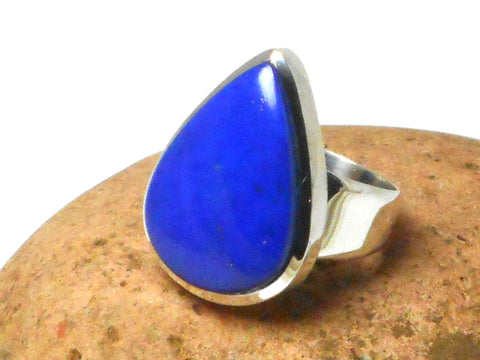Grade 'A' Blue  Teardrop shaped LAPIS LAZULI Sterling Silver Gemstone Ring 925  -  Size: S