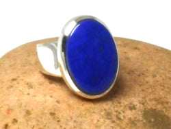 Grade 'A' Blue Oval shaped LAPIS LAZULI Sterling Silver Gemstone Ring 925  -  Size: Q