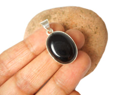 Oval Shaped Black ONYX Sterling Silver 925 Gemstone Pendant