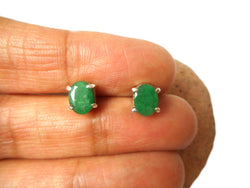 Oval Green EMERALD Sterling Silver 925 Stud Earrings - 5 x 7 mm