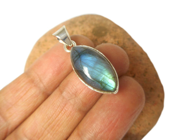 Fiery Marquise Shaped LABRADORITE  Sterling Silver 925 Gemstone Pendant